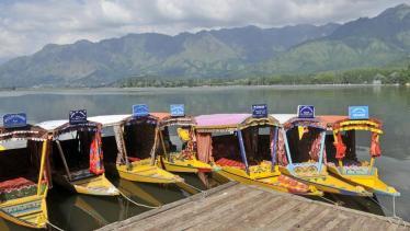srinagar-andrabi-tourists-tourism-hindustan-shikaras-remain_3f50ace4-6063-11e7-89bd-50891d422d4c